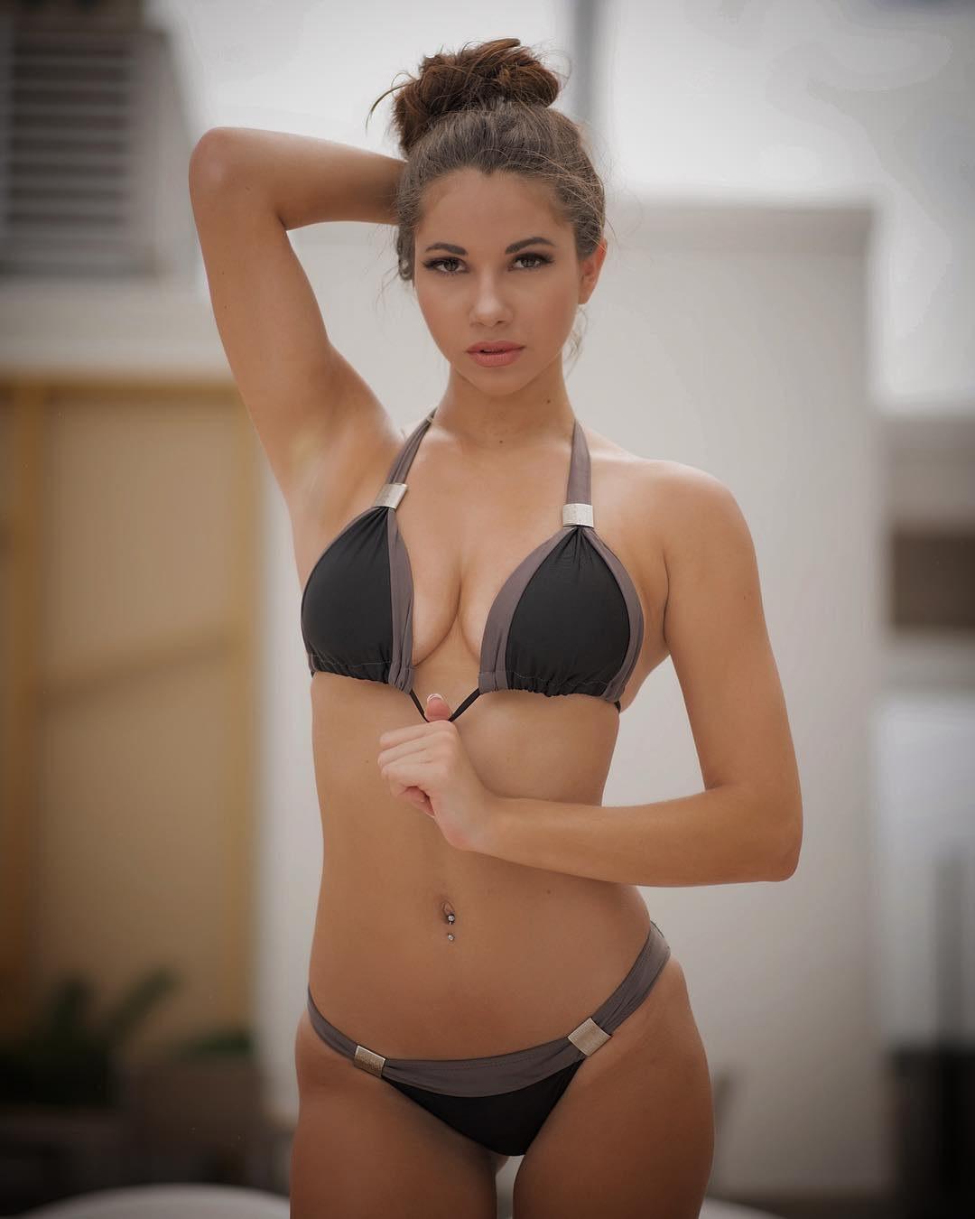 Эскорт модель Марина